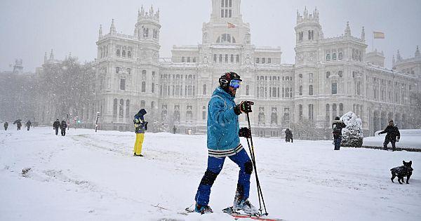 İspanya'da Filomena Kar Fırtınası Hayatı Felç Etti