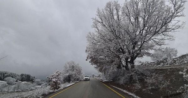 Kar yağışı ile birlikte kartpostallık görüntüler ortaya çıktı