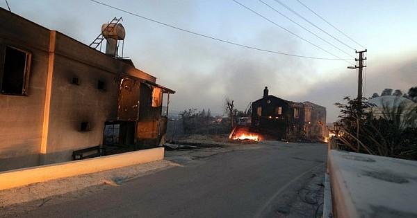 Manavgat'taki Yangın Felaketinin Bilançosu Gün Ağarınca Ortaya Çıktı