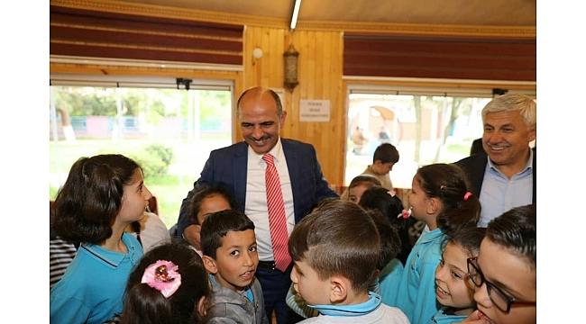 Başkan Söğüt öğrencilerle bir araya geldi