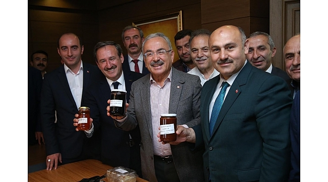 """Başkan Güler: """"Yöresel ürünlerin üretimini teşvik edeceğiz"""""""