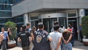 """Bursa'daki """"Çekirge"""" operasyonuna 35 tutuklama"""