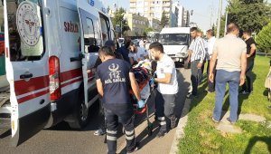 Adıyaman'da otomobil ile minibüs çarpıştı: 9 yaralı
