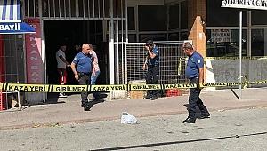Büyükçekmece'de Silahlı Çatışma! Bir Kişi Ağır Yaralandı