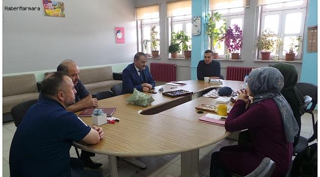 Çavdarhisar'da okul ziyaretleri