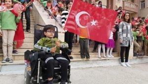 49 bin 77 öğrenci, 3 bin 436 öğretmenden 'Barış Pınarı Harekatı' için asker selamı
