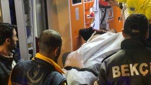 Başkent'te eğlence mekanı çıkışında amcasını defalarca bıçakladı