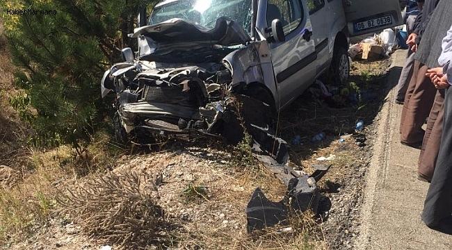 Dinar'da feci kaza: 1'i ağır 3 yaralı