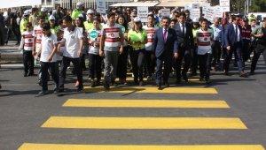 Diyarbakır'da 'Yaya Güvenliğinin Nöbetçisiyiz' uygulaması