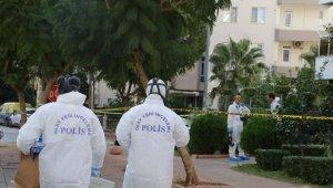 4 kişinin öldüğü dairede özel ekip incelemelerine başladı