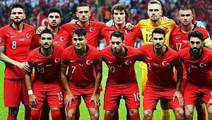A Milli Futbol Takımı Tarihe Geçti