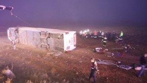 Aksaray'da otobüs şarampole devrildi: 1 ölü, 51 yaralı