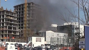 Bakırköy'de AVM'de Yangın! Çok Sayıda Ekip Sevk Edildi