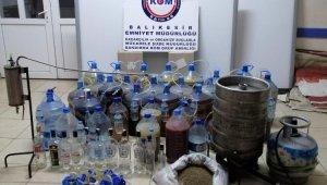 Bandırma'da kaçak içki deposuna baskın