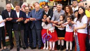 """Başkan Demir: """"Ümit ediyoruz gelecekte kanserde tedavi sağlanacak"""""""