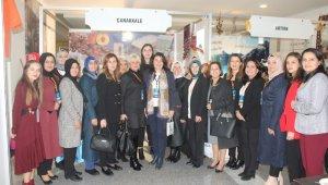AK Parti Çanakkale Meclis üyesi kadınlar 'Yerel Yönetimde Kadın Şurası' için Ankara'da