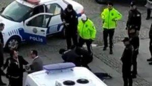 Bayburt'ta katil zanlısının yakalanma anı kamerada