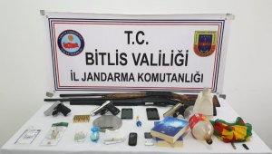 Bitlis'te Narko-Kıran 13 Operasyonu: 40 gözaltı