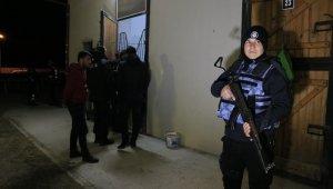 Adana Hipodromu'nda narkotik uygulaması