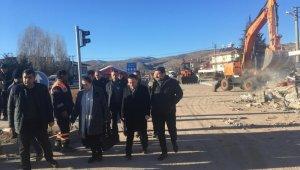 Başkan Beyoğlu deprem bölgesinde