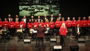 ESO Sanat Müziği korosu muhteşem konser verdi