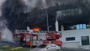 İstanbul'da Özel Okulda Yangın!