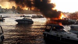 Kartal'da marinada 6 tekne alev alev yandı: 1 yaralı