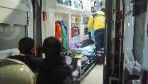 Kocaeli'de ev yangını: 1'i ağır 2 yaralı