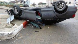 Kontrolden çıkan araç takla atıp ters döndü: 1 yaralı