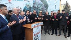 Kütahya'dan İdlib'e 7 tır yardım malzemesi