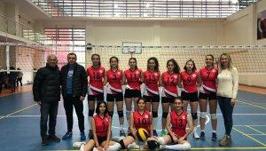 Nevşehir Belediyespor, voleybolda il birincisi oldu