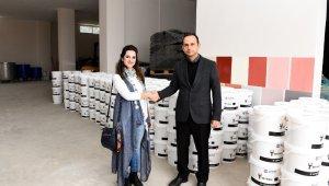 Seyhan'da üretilen boya ile okullar boyanacak