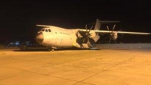Yaralıları Türkiye'ye getirmek için Mogadişu'ya gidecek olan uçak Ankara'da