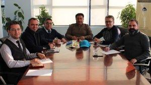 Alaşehir'de üzüm üreticilerine bilgilendirme toplantısı