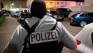 Almanya'da Karnavala Araçlı Saldırı! Çok Sayıda Yaralı Var