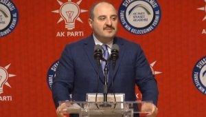 """Bakan Varank: """"Türkiye'de yapılamaz denilenler yapıldı, hayal görülenler gerçeğe döndü"""""""