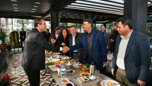 """Başkan Çetin: """"Muhtarlarımızı vatandaşa mahcup etmeyeceğiz"""""""