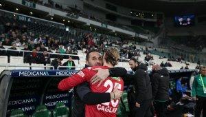 Bursasporlu futbolcular, Koşukavak ile hasret giderdi