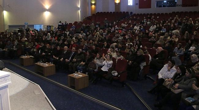 Büyükşehir'den ebeveynlere özel konferans
