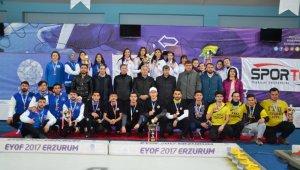 Curlingte UNİLİG'in şampiyonu Atatürk Üniversitesi