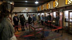 Edremit'te müze geçmişe götürüyor