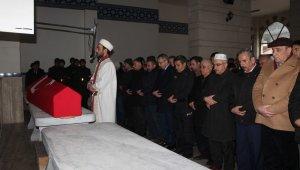 Emekli albay Kastamonu'da son yolculuğuna uğurlandı