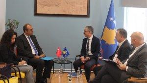 Kosova Sağlık Bakanı, Büyükelçi Sakar'ı kabul etti