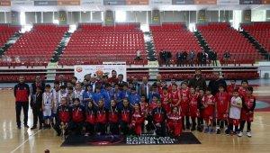 Okullar arası Küçükler Basketbol İl Birinciliği müsabakaları tamamlandı