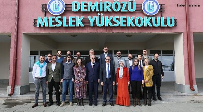 Rektör Coşkun Demirözü'nde öğrencilerle bir araya geldi