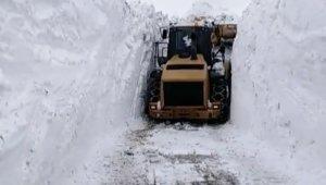 Sınırda karla mücadele çalışması devam ediyor