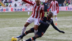 DG Sivasspor  1 - 1 Medipol Başakşehir