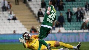 TFF 1. Lig: Bursaspor: 1 - Altay: 2
