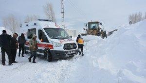 Tuşba Belediyesinden hasta kurtarma operasyonu