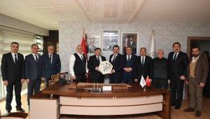 Yağlı Güreş Düzenleyen Kentler Birliği ve TGF'den Bakan Kasapoğlu'na ziyaret